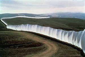 christo_running_fence